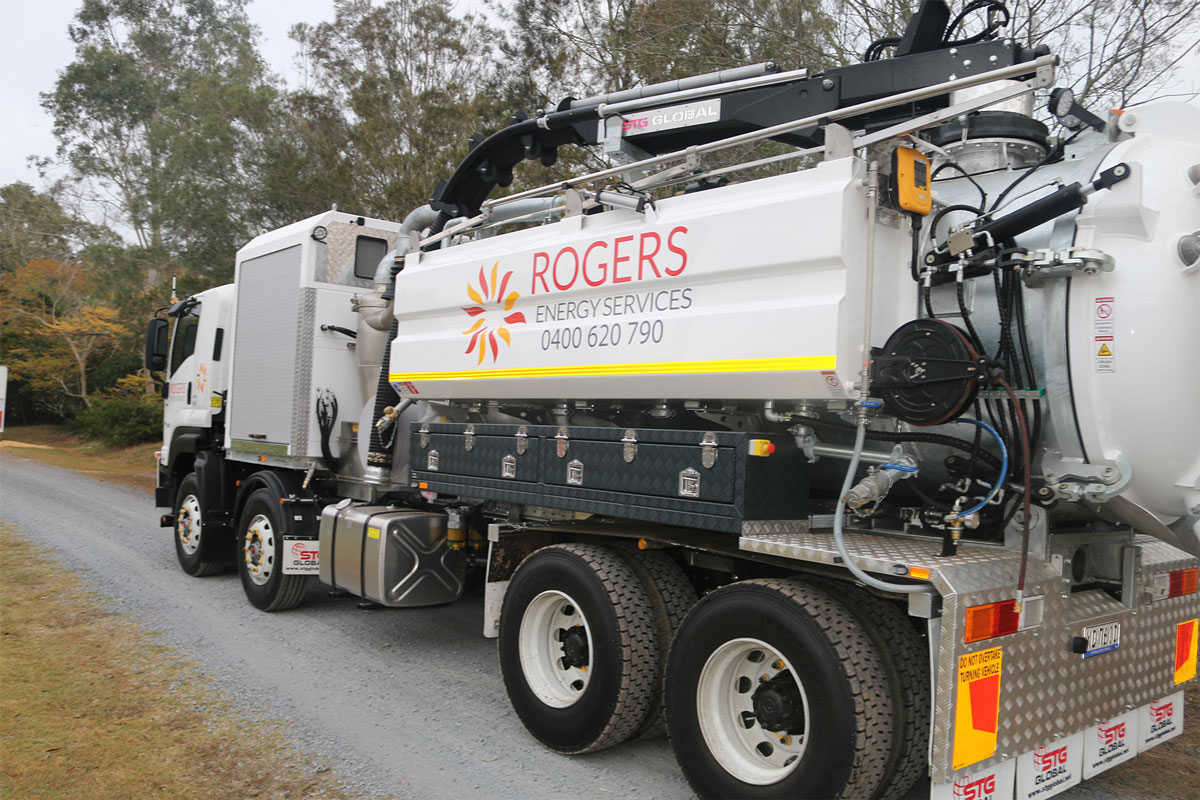 rogers-energy-services-3000L-vacuum-trucks-hire-brisbane