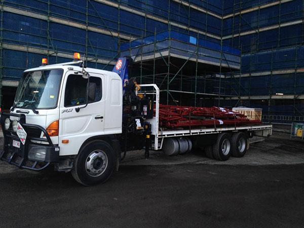 Scope Cranes & Logistics-99-sign-installation-North-Brisbane