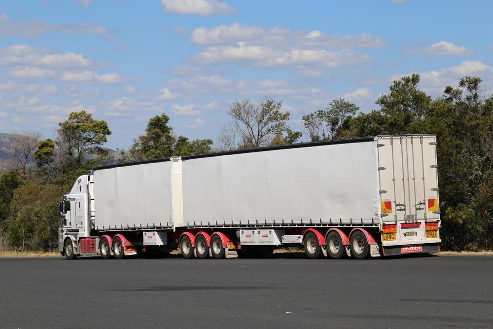 semi trailer hire