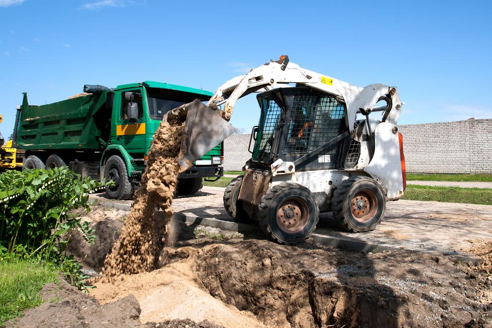 Caldme Excavations - skid steer loader