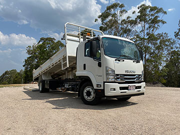 Stanley River Earthmoving Tipper Truck Wet Hire Sunshine Coast