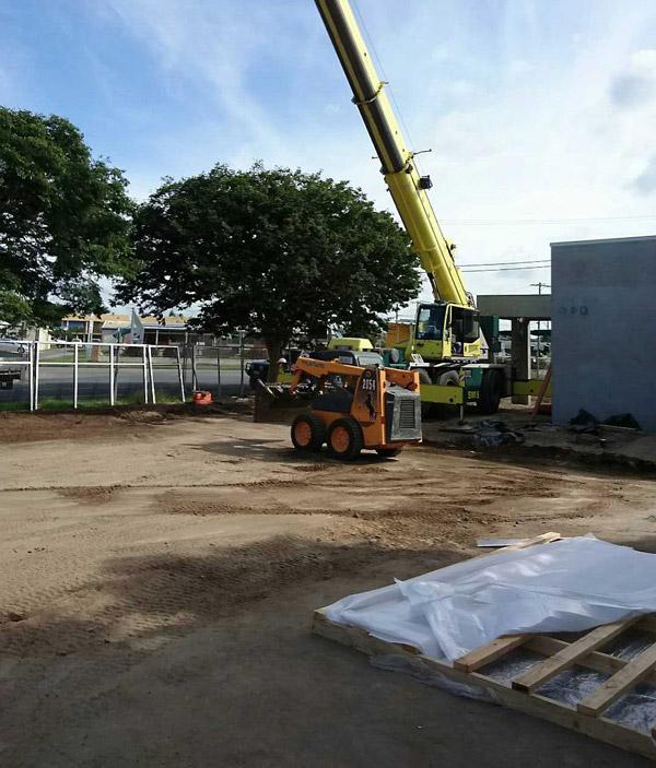 commercial  crane hire