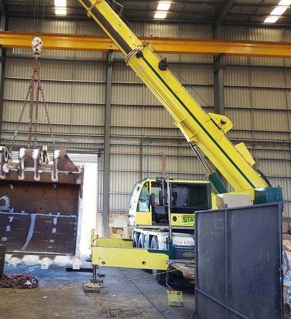 Industrial crane hire