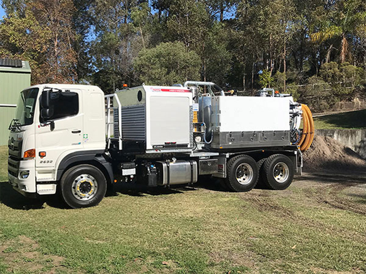 sucker-truck-hire-nerang