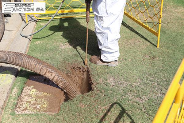 Super Suction SA hydro excavation post hole jet rodding Adelaide
