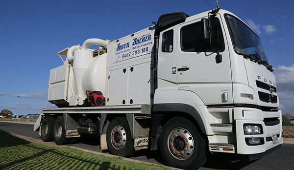 Super Suction SA 8000L Vacuum Truck Hire Adelaide