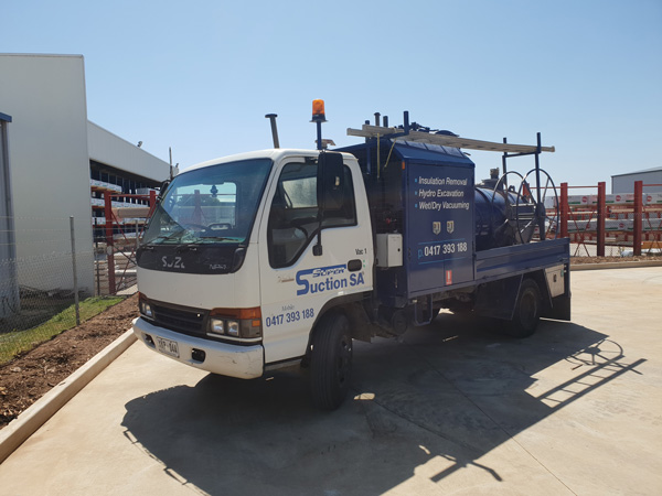 Super Suction SA 2000 L Sucker Truck Hire Adelaide
