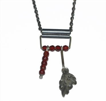 Red agat and silver neckpiece by Susan Ewington.