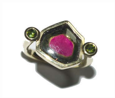 18ct yellow gold ring set with tourmaline slab by Robyn Wernicke.