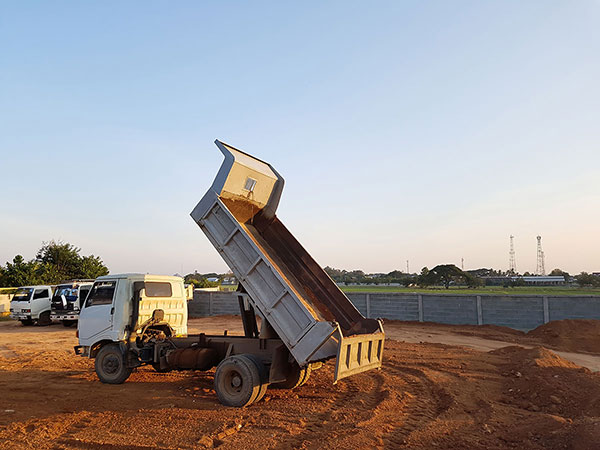 vernice-20-tonne-articulated-tipper-truck-hire