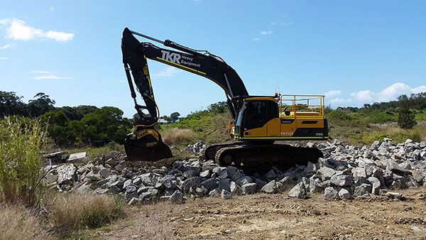 vernice-30-tonne-excavator-hire-perth-western-australia