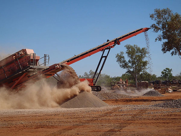 vernice-earthmoving-and-earthworks-screening-plant