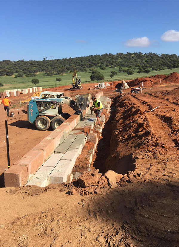 vernice-subdivision-construction